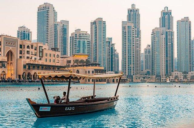 Cosa spinge a trasferirsi a Dubai