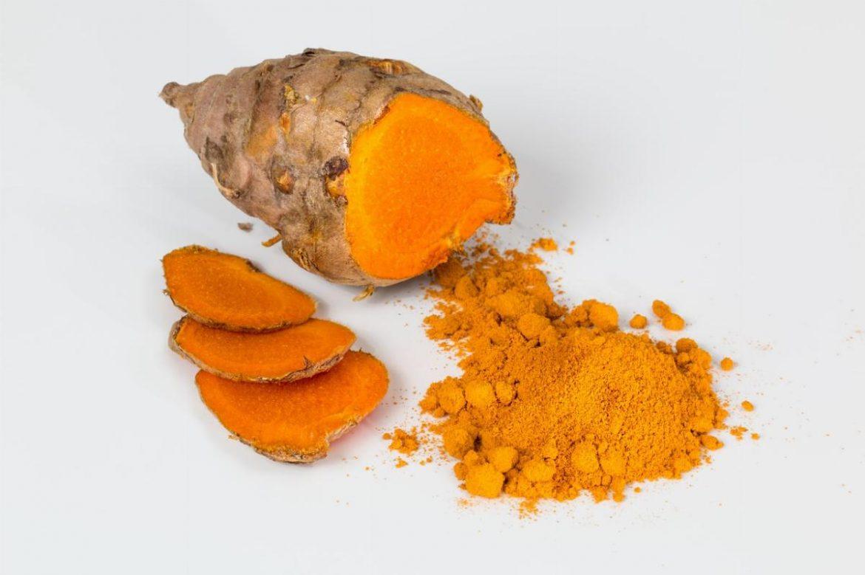 La curcuma: il superfood dalle proprietà depurative e analgesiche